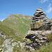 Gipfelmannli Sunnehöreli, im Hintergrund Guldenstock