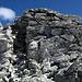 Einfache Gipfelkraxelei am Monte Camoscere