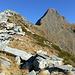 Blick zurück von der F. di Lodrino zum Pne. Rosso: links der E-Grat (Aufstieg), vorne die S-Flanke (Abstieg)