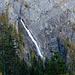 Wir haben bereits bei der Anfahrt zu unserem Tagesziel beste Sicht auf die Engstligen Wasserfälle.