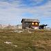 eine Hütte vom Skilift auf dem Gamserrugg