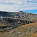 das neue Berggasthaus auf dem Chäserrugg, mein Weg geht über die Felsen, auf dem schmale Schneeband, zum linken Bildrand hinauf zu den Rosenböden
