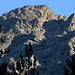 Bei Haut Asco - Zoom hinauf zu den Gipfel von Capu Borba und Monte Cinto (in zweiter Reihe). Foto vom 06.10.2017.