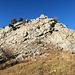 hier geht es hinauf zum Vorder Goggeien, es ist ein einfacher Weg durch den brüchigen Felsen hinauf zum Gipfel