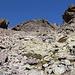 Im Aufstieg vom Refuge de l'Erco zum Monte Cinto - Durch Blöcke geht's weiter aufwärts.
