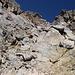 Im Aufstieg vom Refuge de l'Erco zum Monte Cinto - Vorsicht ist durchaus geboten, denn immer wieder gibt es lose Brocken.