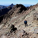 Im Aufstieg zum Monte Cinto - Rückblick in einem Geh-Abschnitt.