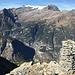 Monte Leone und Breithorn (allfällige Gipfelziele?) in der Ferne - Gondo weit unten ...
