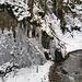 Das Eis ist bereits deutlich auf dem Rückzug. Gerstruben liegt ja auch nicht sehr hoch, so dass man für's Mixed- und Eisklettern wohl im Januar und Februar am ehesten auf gute Verhältnisse treffen dürfte.