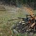 Das Feuer brennt, her mit den Grilladen :-D
