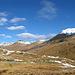 Bei der Verzweigung, links nach Plaun dals Lejs, rechts weiter nach La Stretta und Piz La Stretta.
