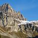 Ein erster Blick zum Klettersteig Fruttstägä. Der rote Ballon befindet sich beim luftigen Bänklein.