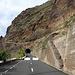Kommt öfter vor: Wegen Steinschlag oder Erdrutschen gesperrte Strassen, vor allem nach Unwettern.