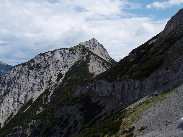 der Roßkopf-sein Gipfelanstieg ist mühsam, aber nicht gefährlich