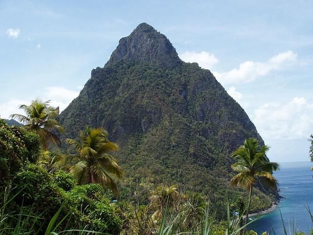 ein stolzer Gipfel-der Petit Piton, aber nur für Mutige.Die Besteigung ist übrigens verboten