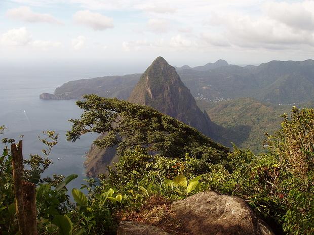 Blick vom Gipfel zum Petite Piton