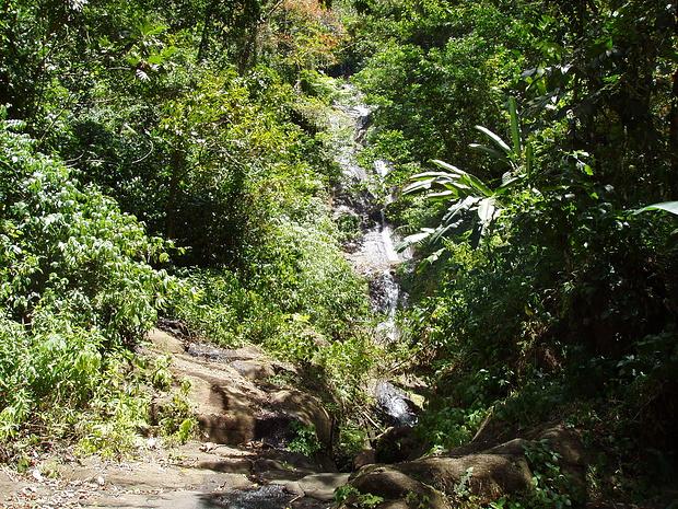 Wasserfälle mitten im Dschungel