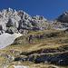 Im Aufstieg zwischen Dobri do und Zeleni vir - Langsam ist nun auch unser Gipfelziel immer besser auszumachen.