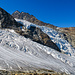 Faszinierend, wie das Eis durch die steinig, trockene Landschaft fliesst