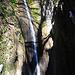 Der nette Wasserfall bei Madonna del Rio