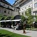 einer der schönsten Innenhöfe - mit [https://www.glockenhof.ch/de/restaurants/gartenrestaurant Gartenrestaurant]