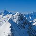 Stotzig Muttenhorn. In Originalgrösse ist die Spur zum Gipfel knapp erkennbar.