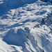 Tiefblick zum Chinzig Chulm. Auch hier hat es reichlich Schnee.
