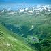 Blick zurück nach NO: Obergurgl (unten), der Wintersportort Hochgurgl links darüber....und oben fast die gesamte Prominenz der Stubaier Alpen