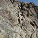 der Aufstieg zum Gipfel ist oft mit Ketten gesichert