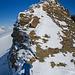 [u Stijn] in der Scharte vor dem Birghorn. Eine kurze Kletterei führt zum Gipfel. Wir empfinden diese anspruchsvoller als erwartet.