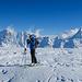 [u Stijn] auf dem Gipfel vom Petersgrat. Man sollte an dieser Stelle vielleicht noch erwähnen, dass der Gipfel ziemlich geräumig ist. Gut 10'000 Tourengänger sollten problemlos Platz finden :-)