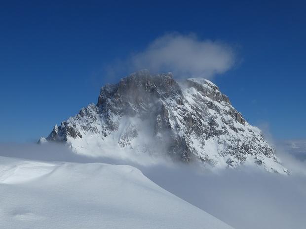 Blick vom Schafberg: Sulzfluh über dem Nebel!