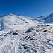 Blick zum zweiten heutigen Ziel, dem Augstborhorn, während dem Aufstieg zur Niggelinglicke. Der Weg zur Chumminilicke kann schon studiert werden.