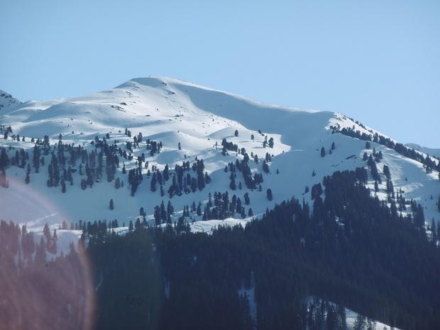 Am Kreuzjoch ist Ruhegebiet, die auf der AV-Karte eingezeichnete Skiroute damit hinfällig.