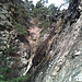 Dans le canyon de Breiterbach. Il faudra gravir la pente en face pour en sortir.