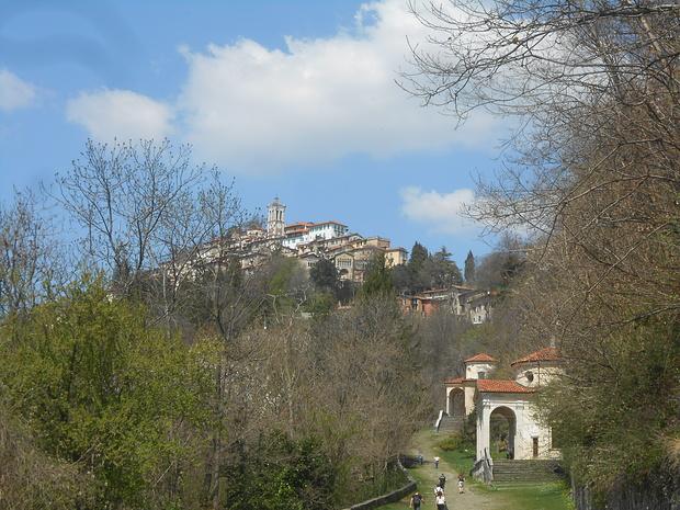 A metà strada verso il Borgo.