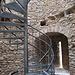 Die für mittelalterliche Burgen typischen schlitzförmigen «Fenster»
