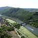 Tiefblick auf Edinger-Eller mit Bahnstrecke Koblenz-Trier