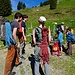 Eine Gruppe Climbers auf dem Weg zur Brüggler Südwand. ....