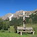 ein hübsches Kreuz auf der inneren Parpfienz Alpe