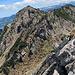 Felsquerung über diese Rinne, siehe rechte Bildhälfte.