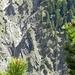 Zoom in den zerklüfteten Hang unterm Friederspitz