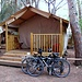 Due bici e una capanna....
