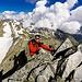 Io sotto il passaggio di grado I, dietro la bellissima cresta percorsa dal Piz Valdraus