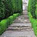Wiederaufstieg vom Garten zum Schloss Wildegg.