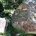 Qui si imbocca il sentiero per la Val di Zocca. In tre ore si raggiunge il [http://www.waltellina.com/valmasino/allievi/index.htm  Rifugio Allievi Bonacossa].