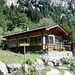 [http://www.rifugiorasega-valdimello.com/RIFUGIO.htm  Rifugio Ràsega] o Ràsica (1151 m) . Il nome è legato all'esistenza, in passato, di una segheria, a monte delle attuali baite, che fu attiva fino alla fine dell'Ottocento.