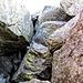 ... sono passato sotto le rocce e sbucato qui, ho risalito il caminetto e ho risolto il problema ;)