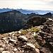 Il primo tratto dell'Alta Via della Val Verzasca dal Pizzo di Vogorno.