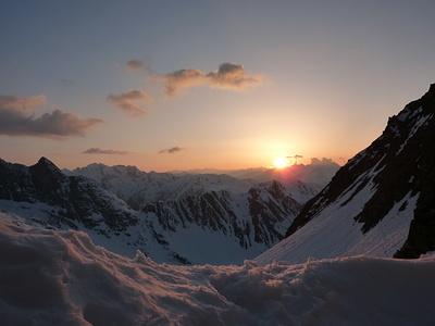 Sonnenuntergang von der Medelserhütte